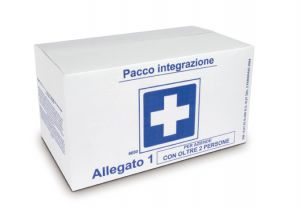 T702089 First aid supplies for more than 3 people.